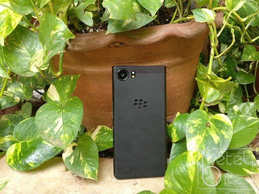 BlackBerry KeyOne 8