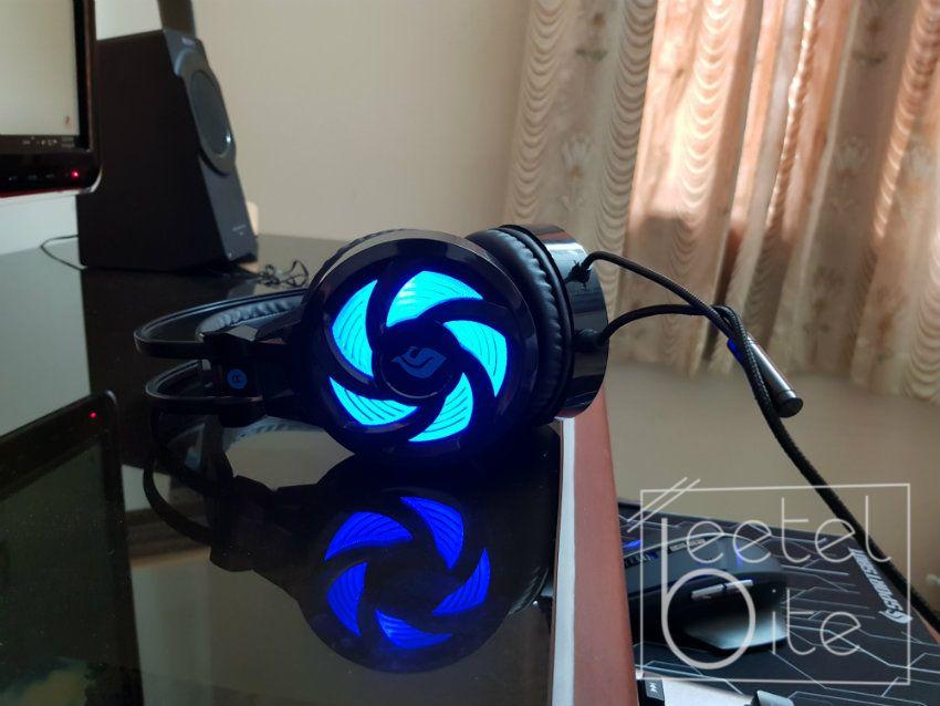 headphones, sportsbot