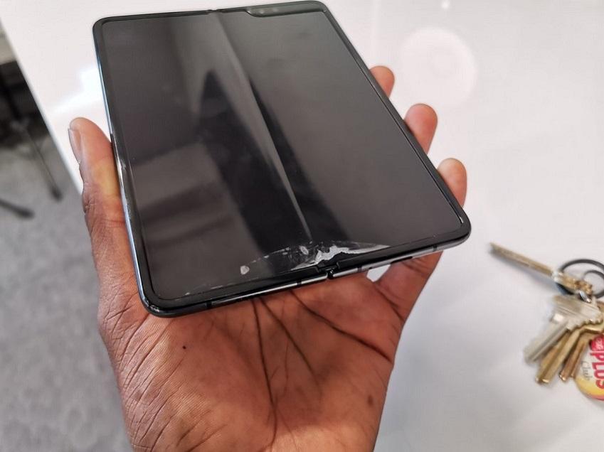 Samsung Galaxy Fold broke MKBHD